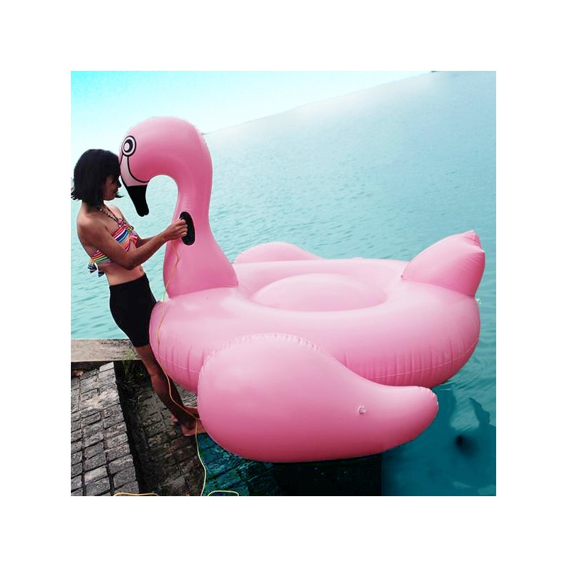 beach toy matelas gonflable light pink flamingo 2 3. Black Bedroom Furniture Sets. Home Design Ideas