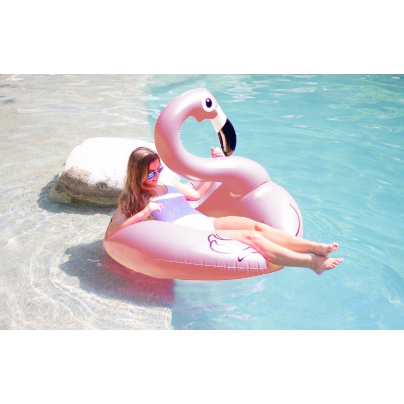 flamingo light pink bou e g ante gonflable beach toy. Black Bedroom Furniture Sets. Home Design Ideas
